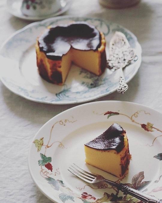 バスクチーズケーキ_e0211636_08520325.jpg