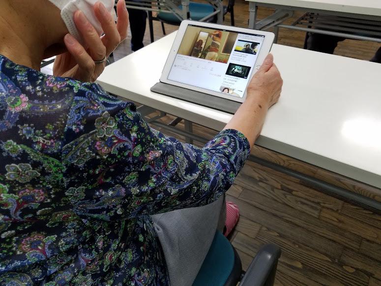 認知症予防教室(iPadで脳トレーニング)_c0113948_14321422.jpg