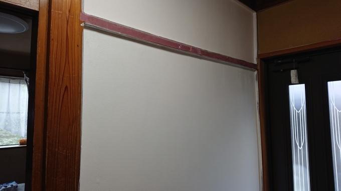 壁のペンキ塗り&確認お願いします♪_f0374160_22531356.jpg