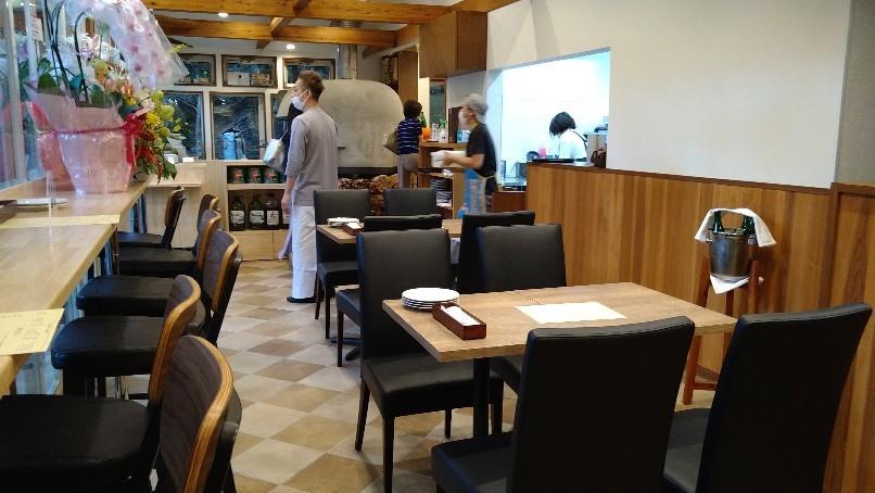 新規開店、ピザとカヌレ @吉祥寺_e0212073_14192765.jpg