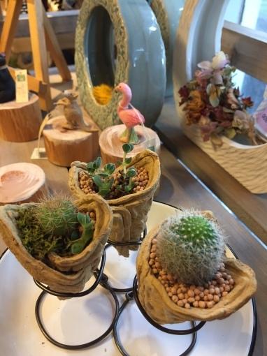 入荷しました~ガーデン雑貨販売と外構工事の広島市佐伯区楽樹工房_f0205877_13055251.jpg