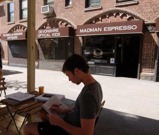 NYU学生街の雰囲気の良いカフェ、Madman Espresso(マッドマン・エスプレッソ)_b0007805_04411812.jpg