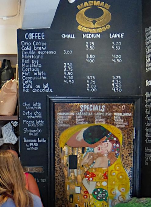NYU学生街の雰囲気の良いカフェ、Madman Espresso(マッドマン・エスプレッソ)_b0007805_04414495.jpg