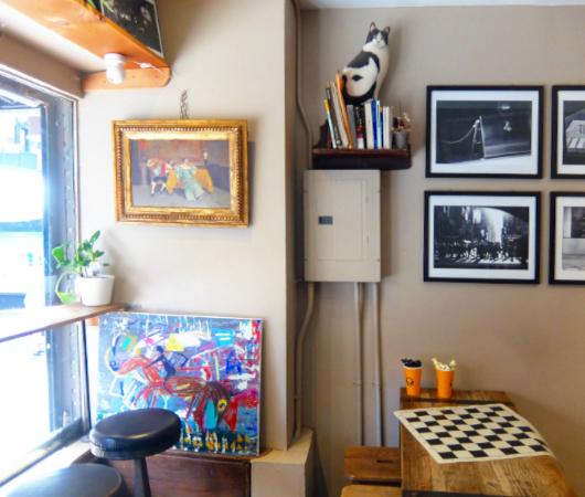 NYU学生街の雰囲気の良いカフェ、Madman Espresso(マッドマン・エスプレッソ)_b0007805_04420251.jpg