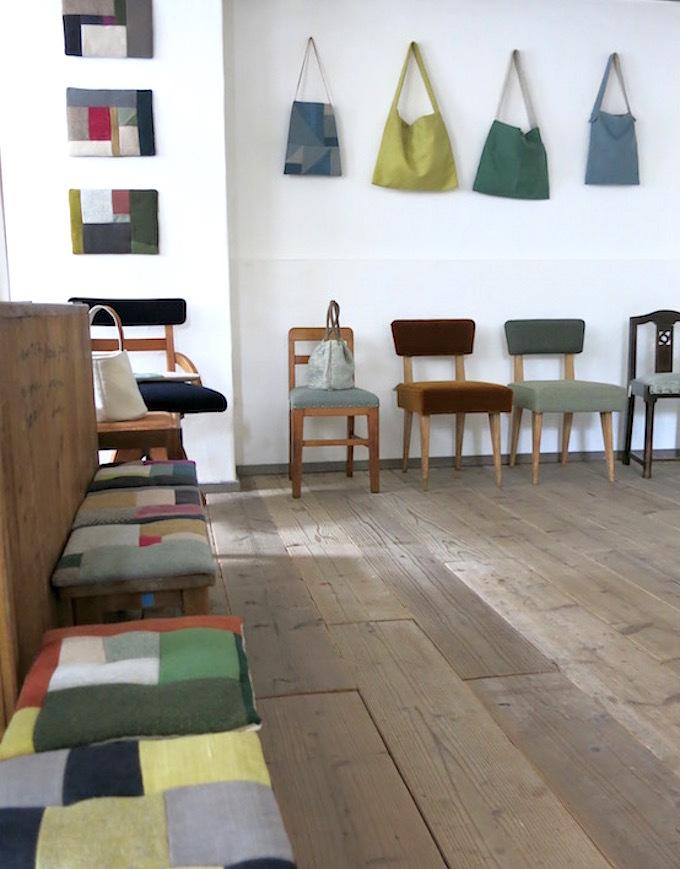 「椅子とかばん」明日よりはじまります。_e0407037_15421100.jpg