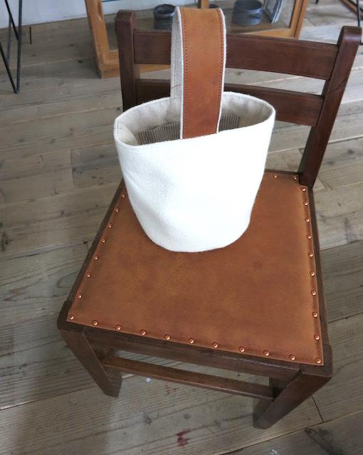「椅子とかばん」明日よりはじまります。_e0407037_15481949.jpg