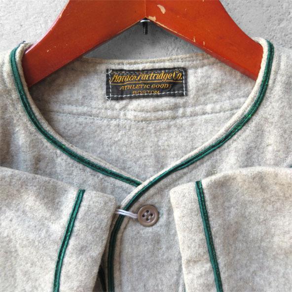 古いベースボールシャツとパンツ。_d0187983_16481019.jpg