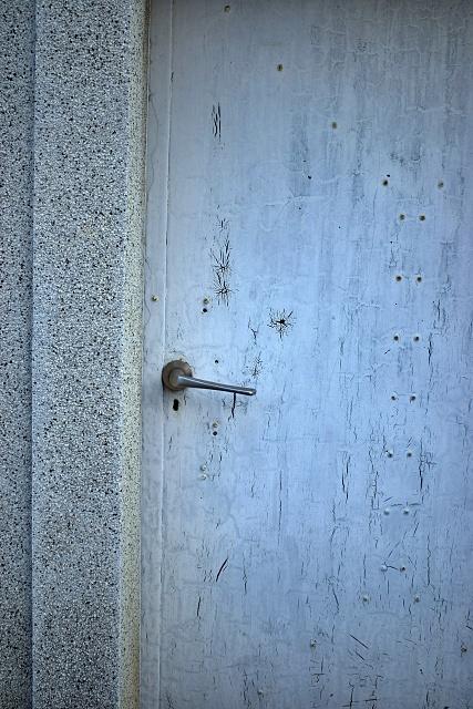 どの扉を開けるか_d0184386_22163516.jpg