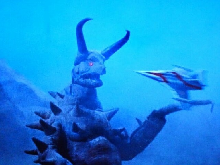 地底怪獣 グドン~帰ってきたウルトラマン怪獣第7号_a0394130_21424902.jpg