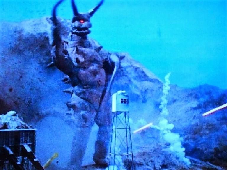地底怪獣 グドン~帰ってきたウルトラマン怪獣第7号_a0394130_21500195.jpg