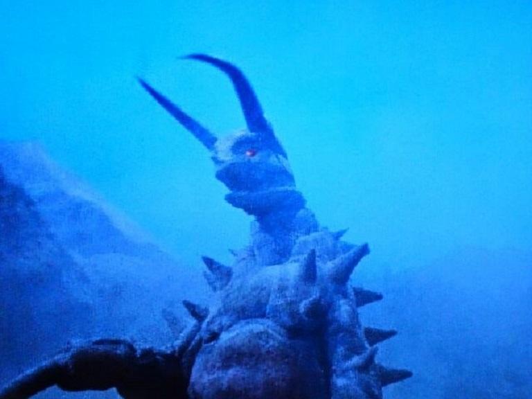 地底怪獣 グドン~帰ってきたウルトラマン怪獣第7号_a0394130_21523930.jpg