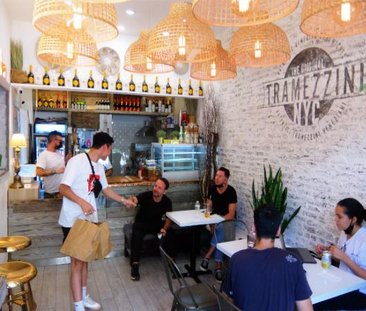 NY屈指の美味しいサンドイッチ屋(ベネチア式)、『トラメッツィーニ』(Tramezzini)_b0007805_02471785.jpg
