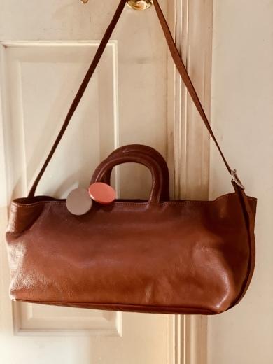 国産天然皮革のハンドメイドのバッグ。_a0213806_22100418.jpeg