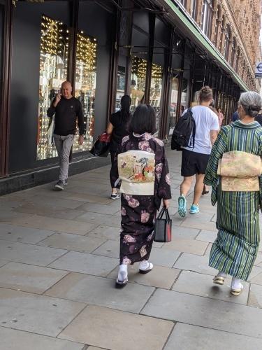 イギリスで、着物 de お出かけ _e0151619_07515170.jpg