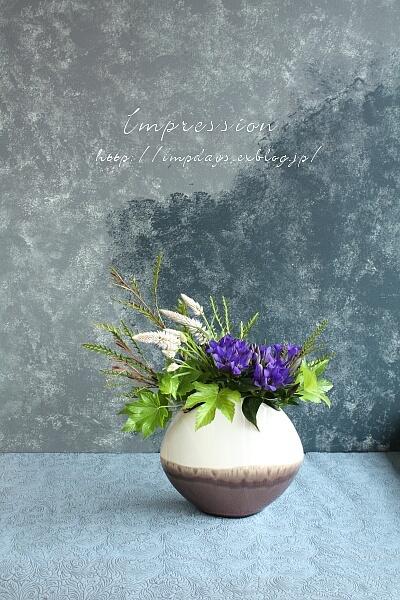 定期装花から りんどう:青光_a0085317_16114871.jpg