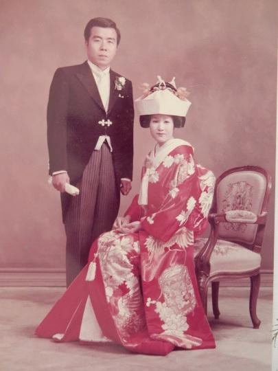 '21,9,24(金)結婚記念日とこの二人は誰?_f0060461_10241220.jpg