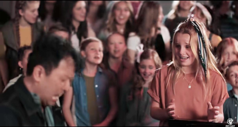 """子どもたちの合唱で聴く「ディア・エヴァン・ハンセン」の""""You Will Be Found""""_b0007805_23050725.jpg"""