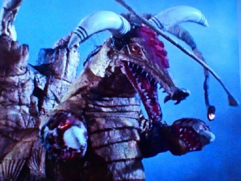 変身超獣 ブロッケン~ウルトラマンA怪獣第7号_a0394130_21454290.jpg