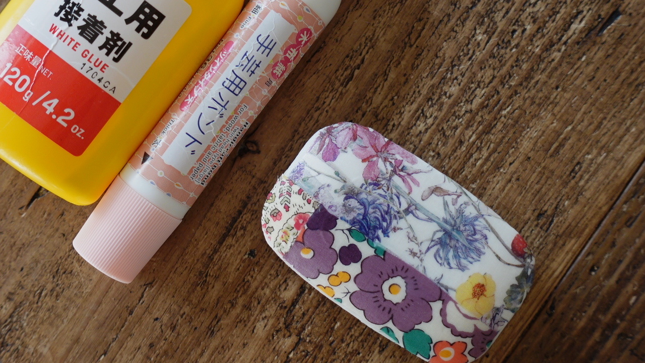 YouTube『マリメッコ柄』が可愛い♪布で作るデコパージュ石鹸の作り方_f0023333_22281662.jpg