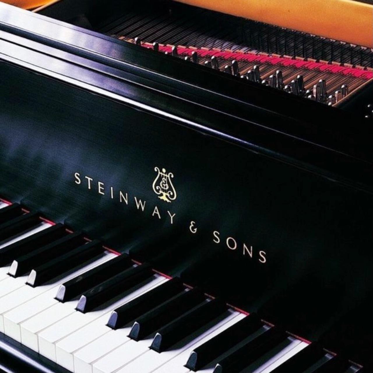 推しのピアノ⁉︎_b0210699_00230707.jpeg