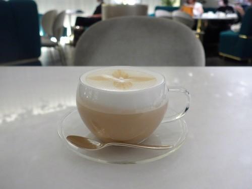 銀座「LE CAFE V (ル・カフェ・ヴィー)」へ行く。_f0232060_13433077.jpg