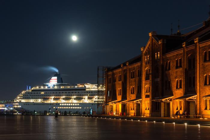 α99で撮る、赤レンガ倉庫周辺の夜景_b0410392_15563020.jpg