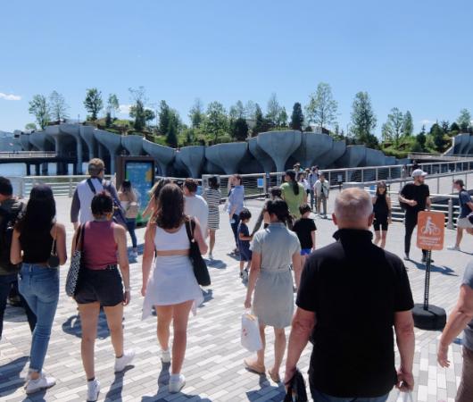 水上公園リトル・アイランドのチューリップ型コンクリート杭の建築美を愛でる_b0007805_06460599.jpg