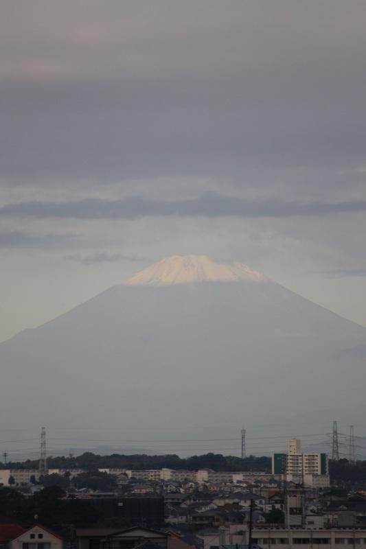 富士山、二度目の?初冠雪_b0362782_07020467.jpg