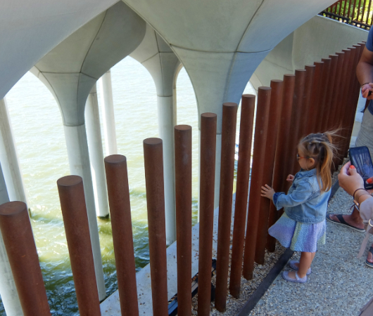 リトル・アイランドの建築美をますます楽しめる写真スポットD、Eとオマケ_b0007805_04503375.jpg