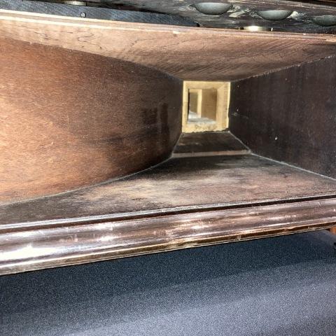 米チニーの卓上型蓄音機が入荷しました_a0047010_10492796.jpg