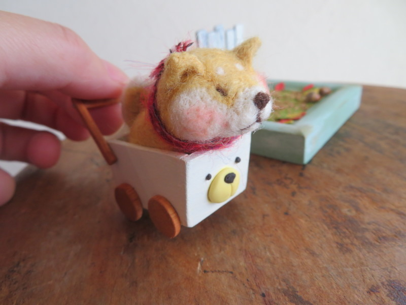 亀岡に犬と一緒に遊べるカフェができました〜BINSさんのお店のこととフェルトの雑貨_f0129557_16231933.jpeg