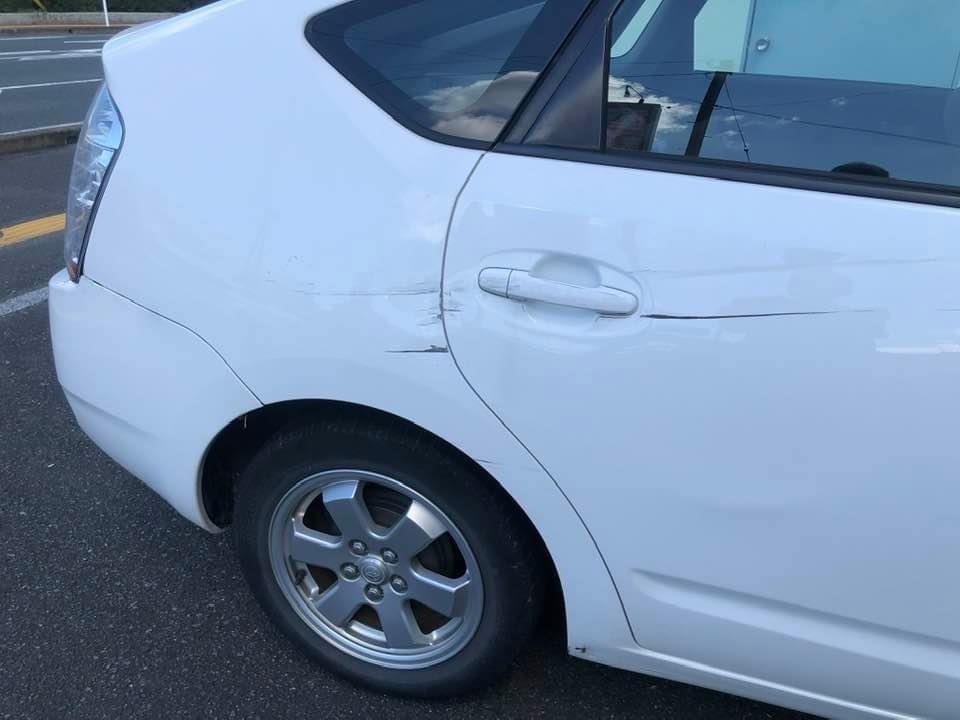 接触事故に遭いました。_e0036108_12415666.jpeg