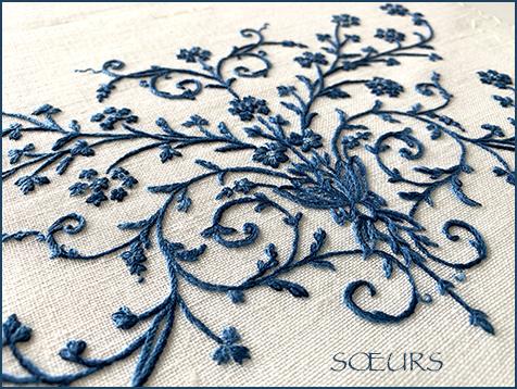 青の刺繍、完成しました。_a0230716_17253216.jpg