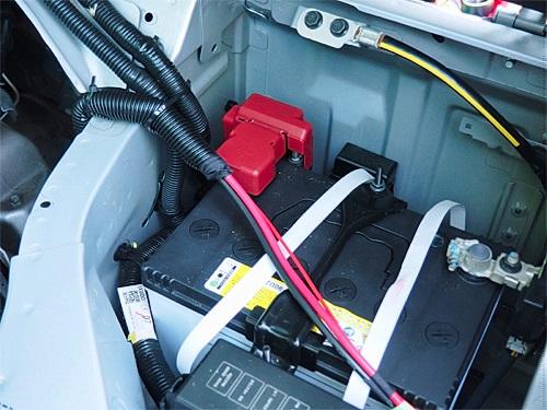 【NV350キャラバン】 キャンピングカーへの道[5] 電装品の配線関係_a0282620_21510975.jpg