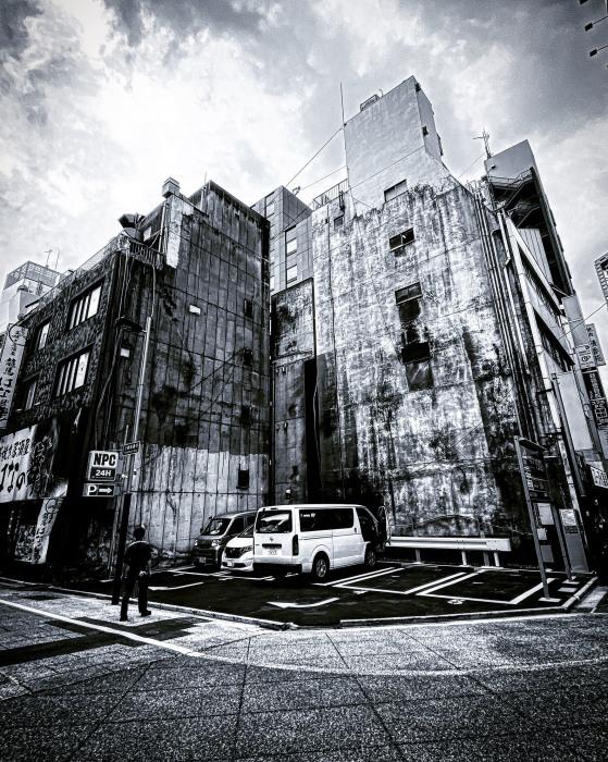 新宿区西新宿 / iPhone 11_c0334533_14071401.jpg