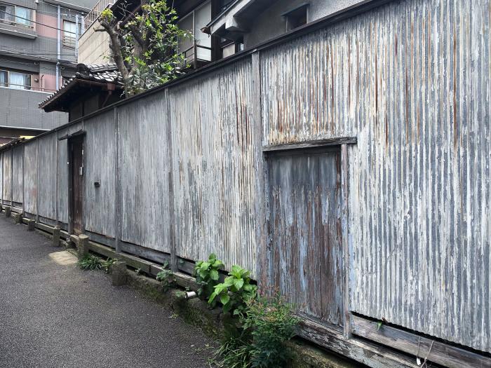 文京区西片 / iPhone 11_c0334533_17050829.jpg