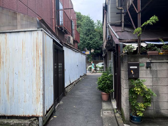 文京区西片 / iPhone 11_c0334533_17055523.jpg