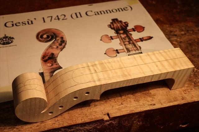 ガルネリ、カノン砲モデルのウズマキ_d0047461_02471415.jpg