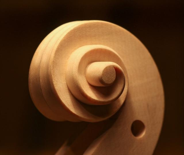 ガルネリ、カノン砲モデルのウズマキ_d0047461_02471687.jpg