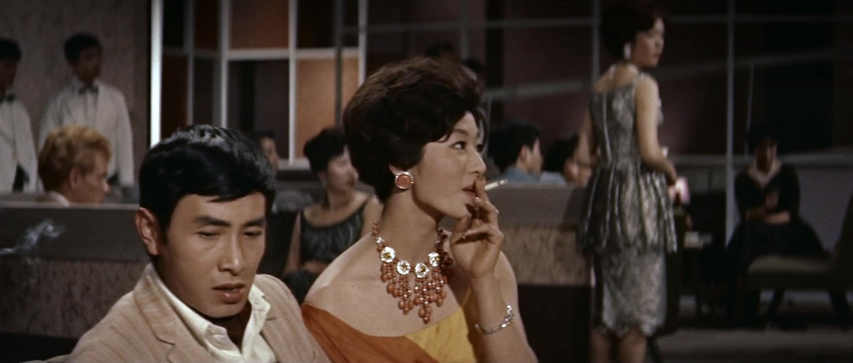 久保菜穂子(Naoko Kubo)「多羅尾伴内 七つの顔の男だぜ」(1960)其の壱_e0042361_19031419.jpg