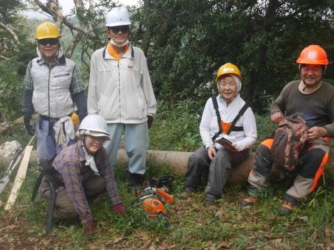 エゴノキの苗木植樹場所確保10・7六国見山手入れ(上)_c0014967_10165846.jpg
