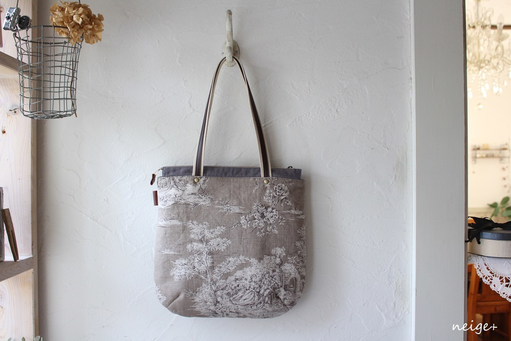 YUWAトワルドジュイ柄で作る秋色トートバッグ♪内ポケットがいっぱいです_f0023333_18530527.jpg