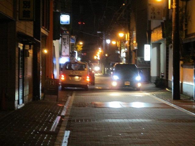緊急事態宣言は解除されたが、平日の晩は1割程度の車しか入っていない吉原本町市営駐車場_f0141310_08272621.jpg