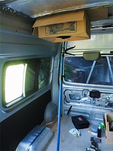 【NV350キャラバン】 キャンピングカーへの道[6] ミニベンチレーターの設置_a0282620_14581545.jpg