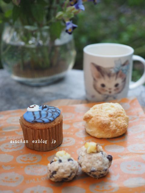 我が家の松茸ご飯とブロ友さんからの嬉しいスイ―ツ♪_e0406439_11043806.jpg