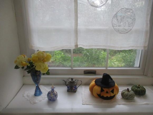 飾ったお花と煮て置いたお林檎で作ったアップルパイ_a0279743_19215886.jpg