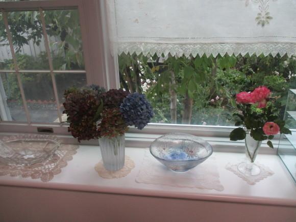 飾ったお花と煮て置いたお林檎で作ったアップルパイ_a0279743_19235773.jpg