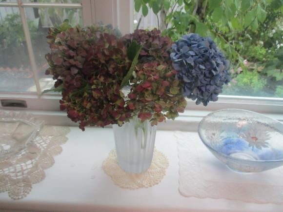 飾ったお花と煮て置いたお林檎で作ったアップルパイ_a0279743_19242319.jpg