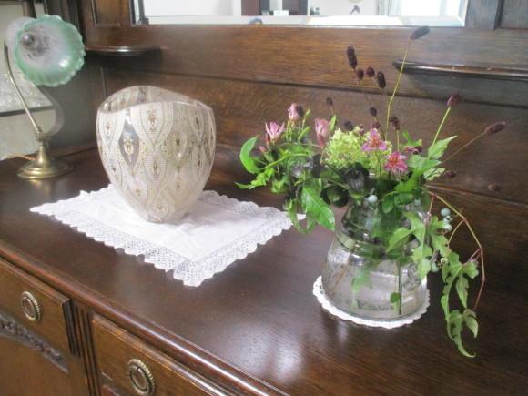 飾ったお花と煮て置いたお林檎で作ったアップルパイ_a0279743_19250366.jpg