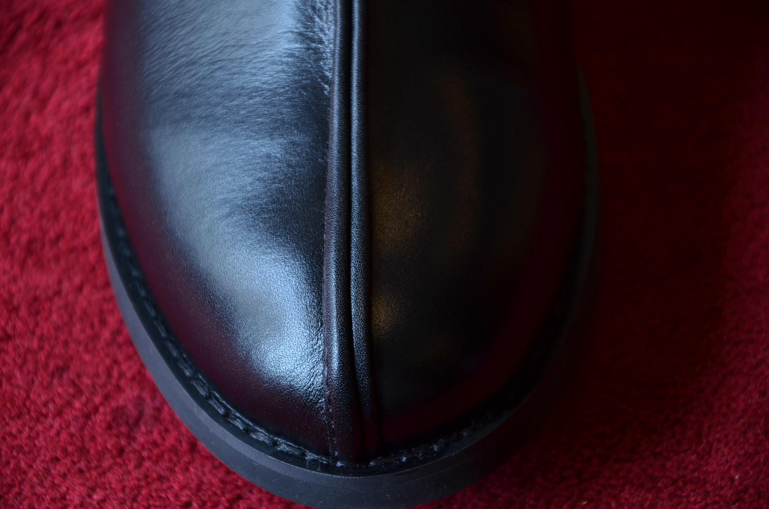 シーンを選ばずいつでも履ける、革靴です。_c0167336_19444234.jpg